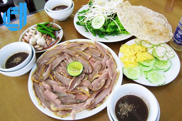 nhung-dac-san-khong-the-bo-qua-khi-den-quang-nam3