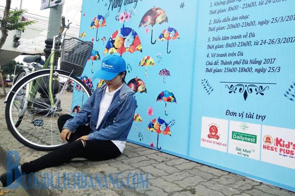 Phat-sot-voi-khong-gian-selfie-dep-giua-vuon-co-tich-du-tai-cau-song-Han-6