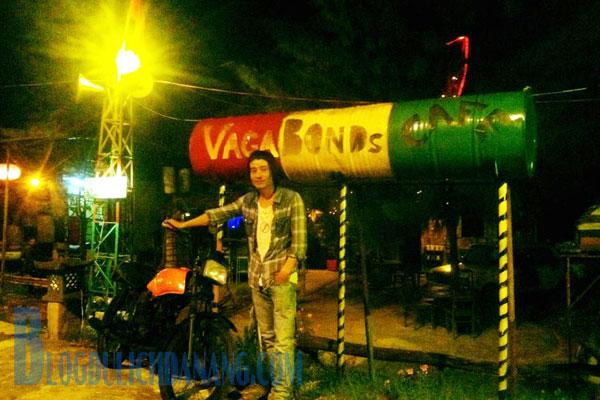 vagabonds-cafe-da-nang-diem-den-cuc-hot-cho-cac-tin-do-dien-sau (2)
